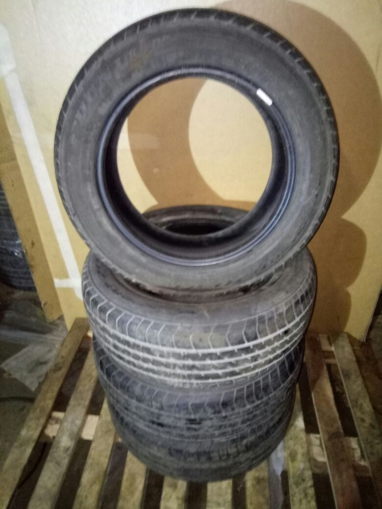 Комплект шин БУ Вольво